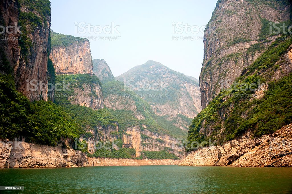 A view of the Yangtze River with cliffs taken from a boat stock photo