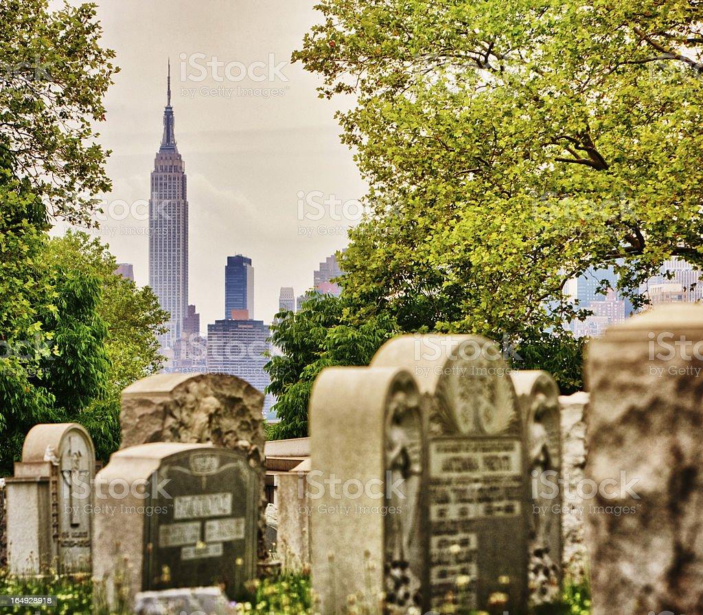 View on Manhattan From Calvary Cemetery, New York stock photo