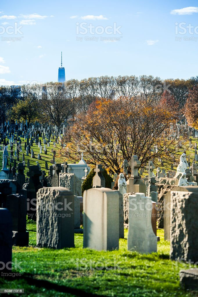 View to the Freedom Tower in Manhattan across Calvary Cemetery stock photo