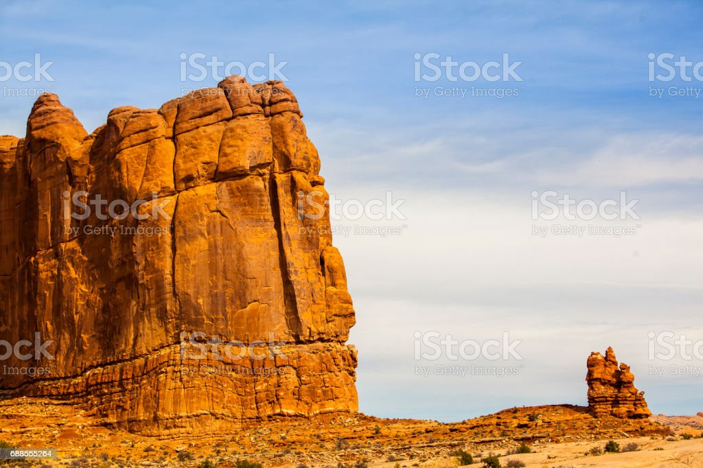 View to the Great Wall of Arches from the Courthouse Wash stock photo