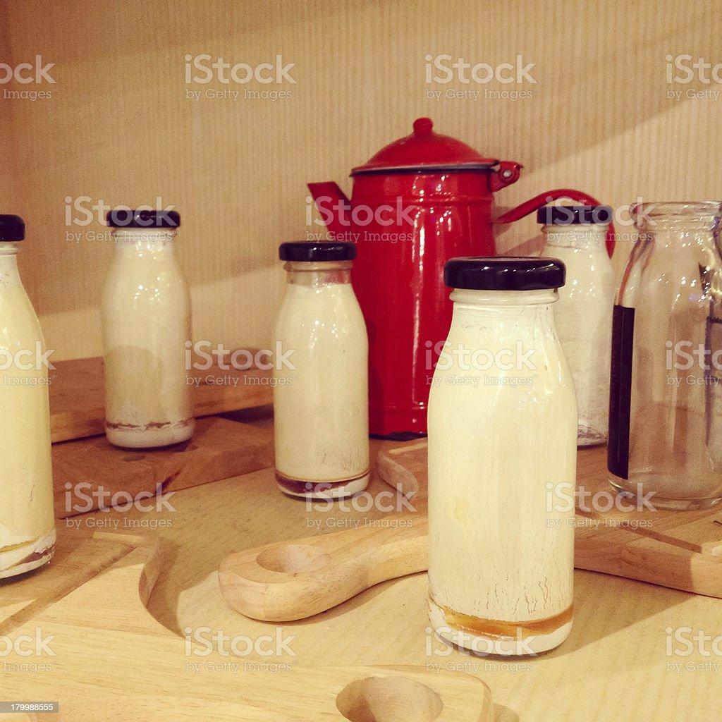 Винтажный вкусные Бутылка для молока у здоровых добровольцев Стоковые фото Стоковая фотография