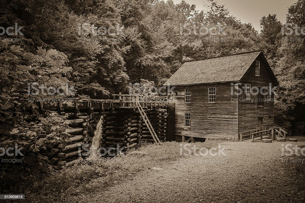 Vintage Mill In America's Great Smoky Mountain Park stock photo