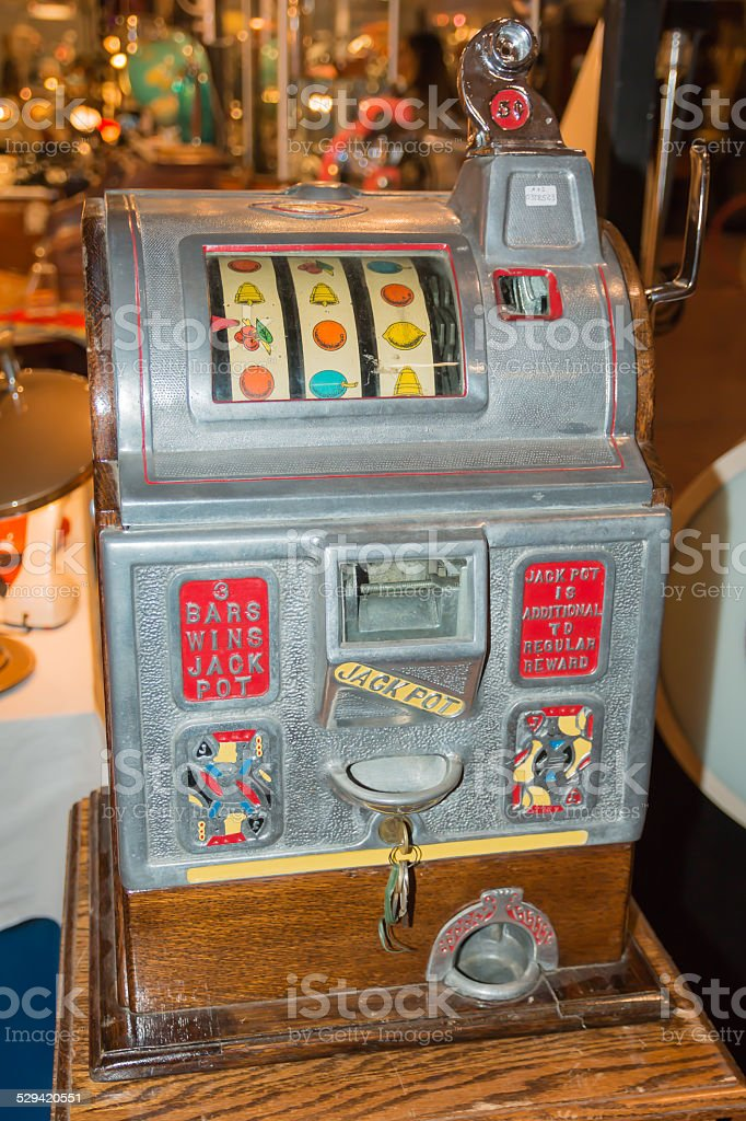 Vintage Nickel Slot Machine in excellent condition stock photo