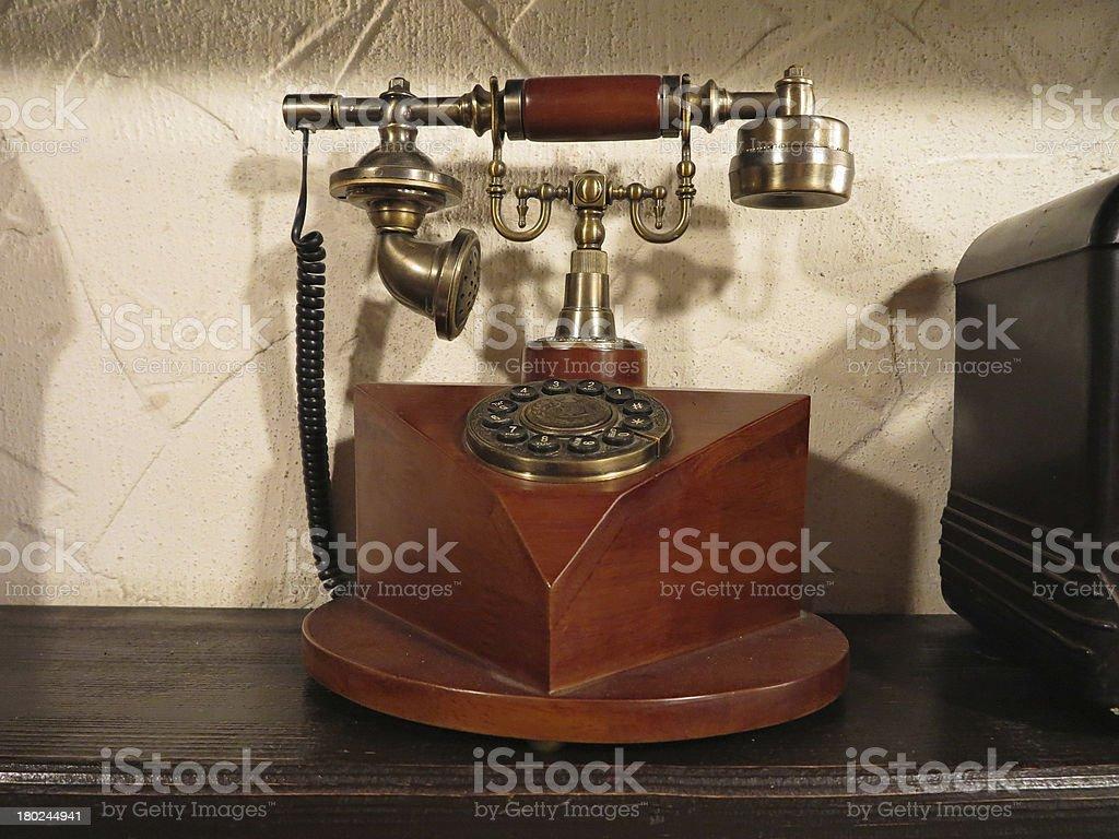 Vintage estilo antigo de madeira com retro telefone de disco marcação foto de stock royalty-free