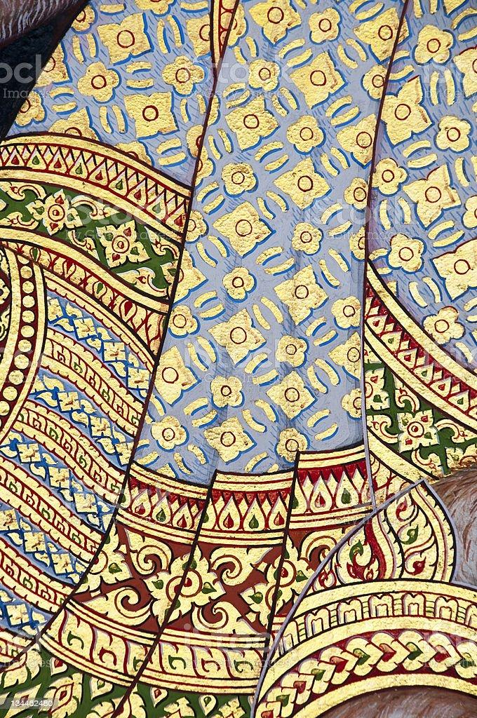 Vintage sztuki malowania tradycyjnego stylu tajskiego na świątyni w tle. zbiór zdjęć royalty-free