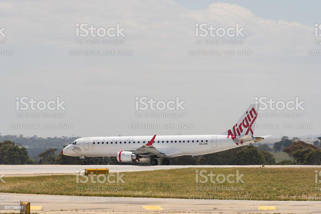 A Virgin Australia avião de passageiros foto royalty-free