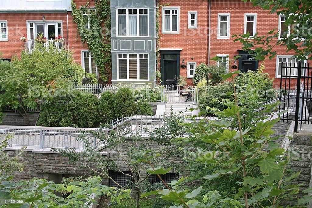 Vivre dans un jardin royalty-free stock photo