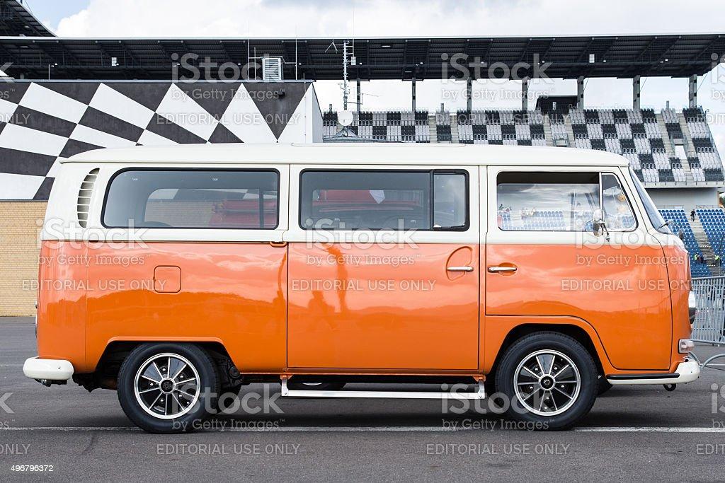 Volkswagen (VW) Camper Van Surf-Bus Bully oldtimer with crome bumper. stock photo