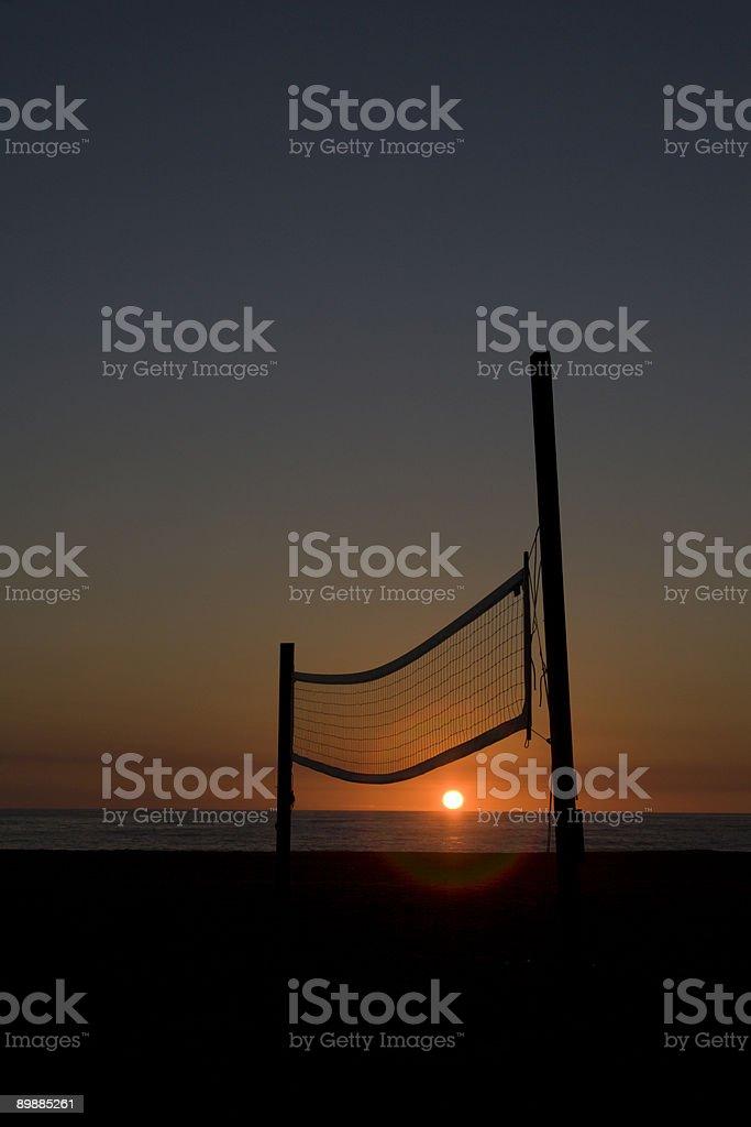 Filet de volley sur la plage Hermosa Beach au coucher du soleil photo libre de droits