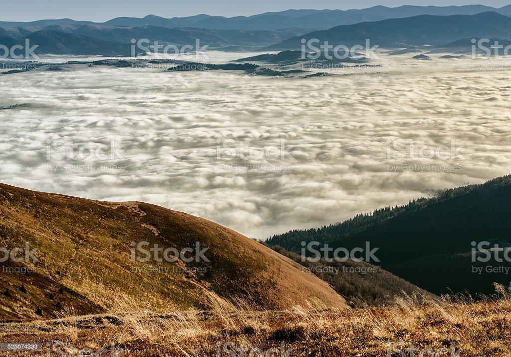 Marcher sur les nuages photo libre de droits