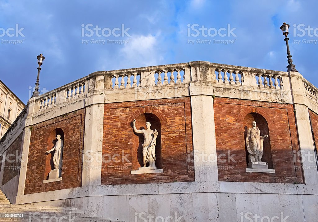 Wall with antique statues around The Quirinal Palace, Rome, Italy stock photo