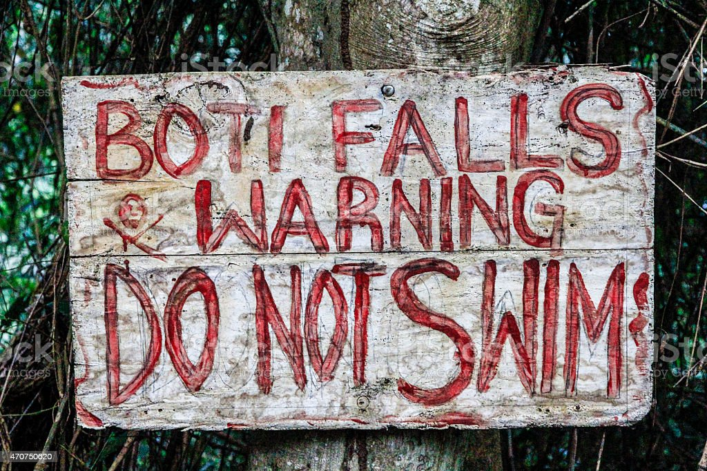 Warntafel 'Do not Swim' stock photo