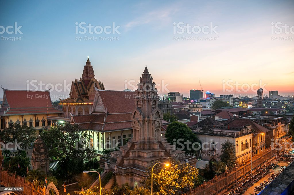Wat Ounalom At Sunset In Phnom Penh stock photo