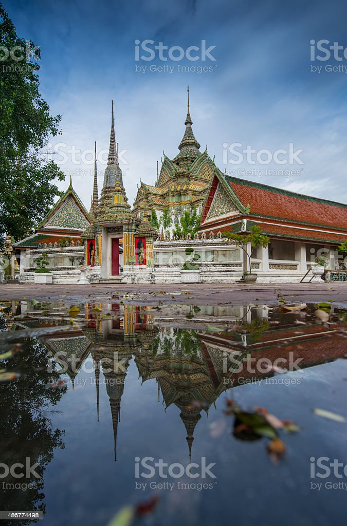wat pho reflection stock photo