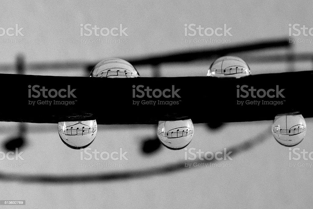 Gocce d'acqua note musicali foto stock royalty-free