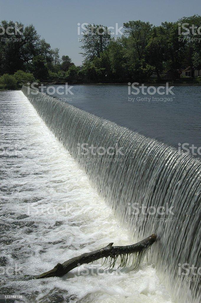 Воды над Плотина Стоковые фото Стоковая фотография