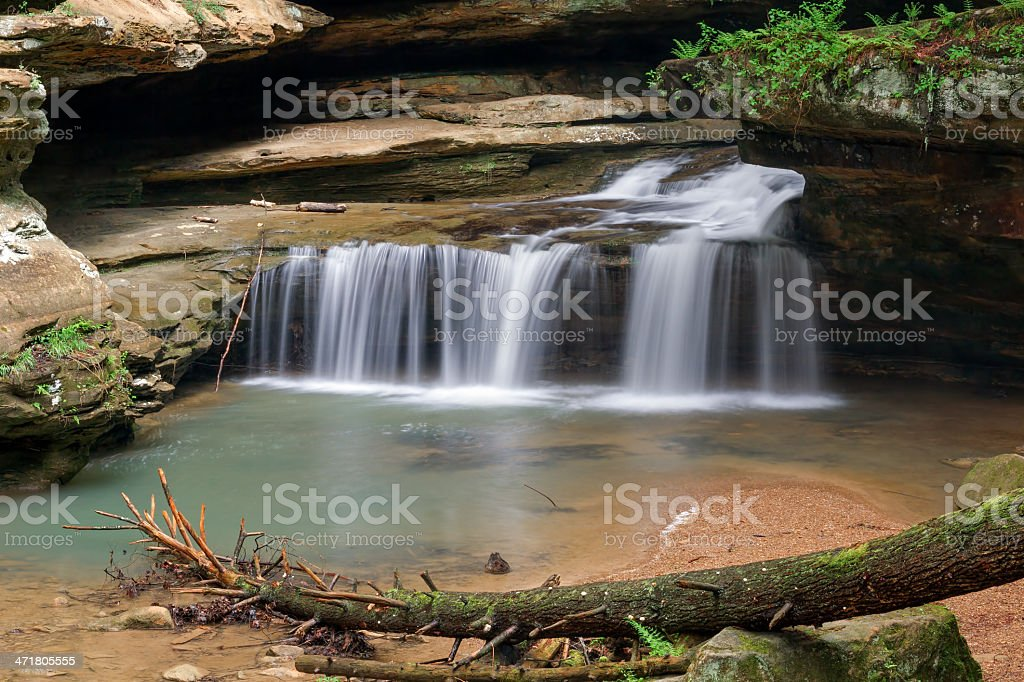 "Cascata all'Old Man ""s Cave foto stock royalty-free"