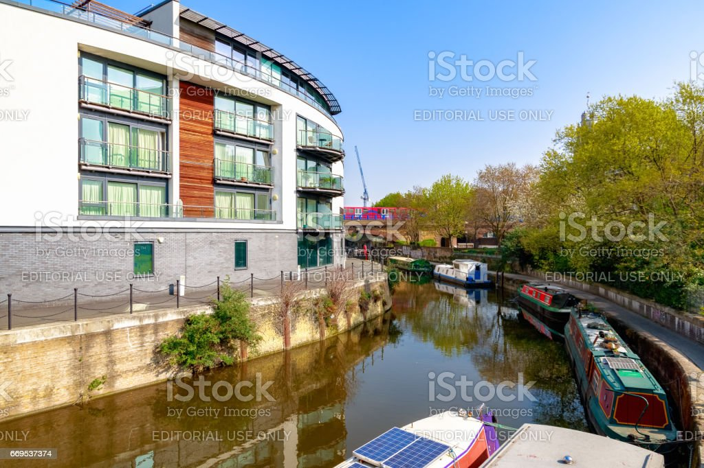 Waterside apartments at Limehouse Cut stock photo