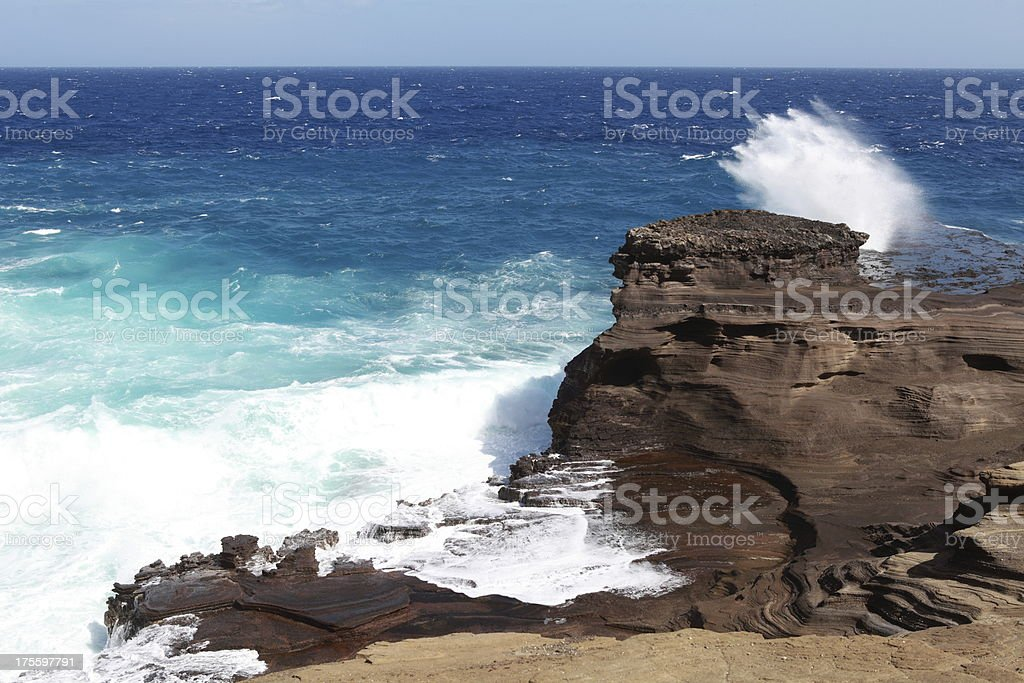Waves against the coast in O'ahu royalty-free stock photo