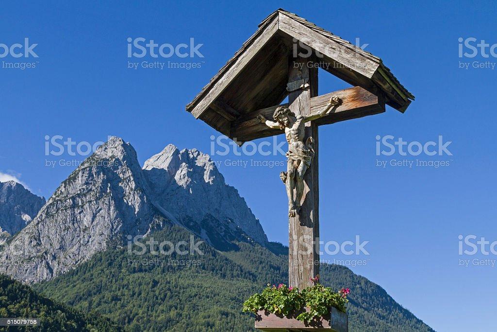 Wayside cross im Werdenfels stock photo