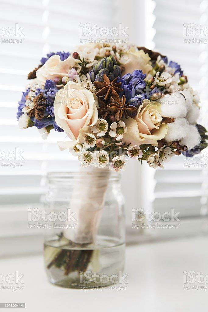 Hochzeit-Accessoires. Brautstrauß Lizenzfreies stock-foto