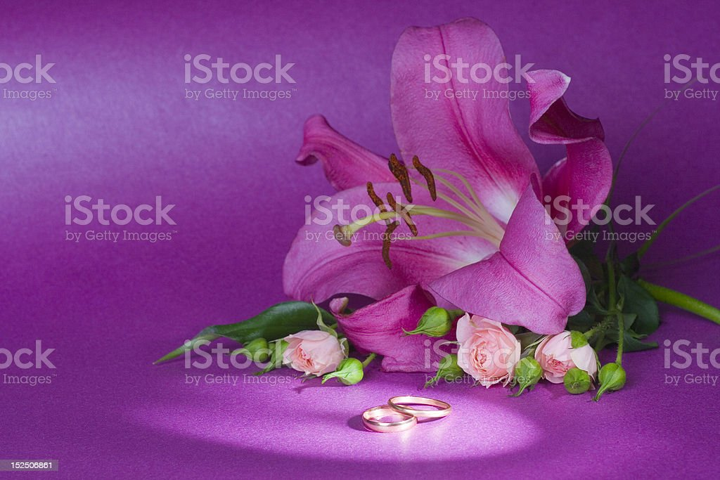 wedding bouquet and rings royalty-free stock photo