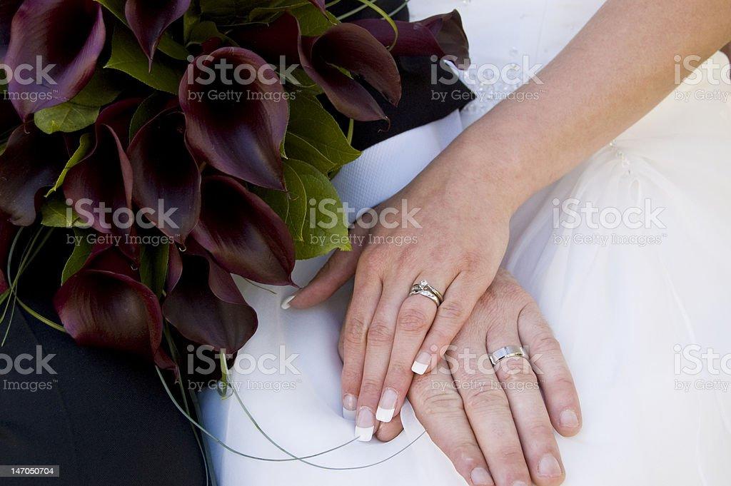 Anillos de boda foto de stock libre de derechos