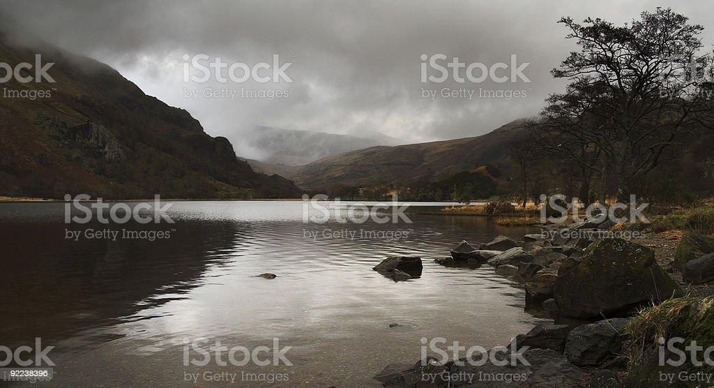 Walijski-górskie jezioro zbiór zdjęć royalty-free
