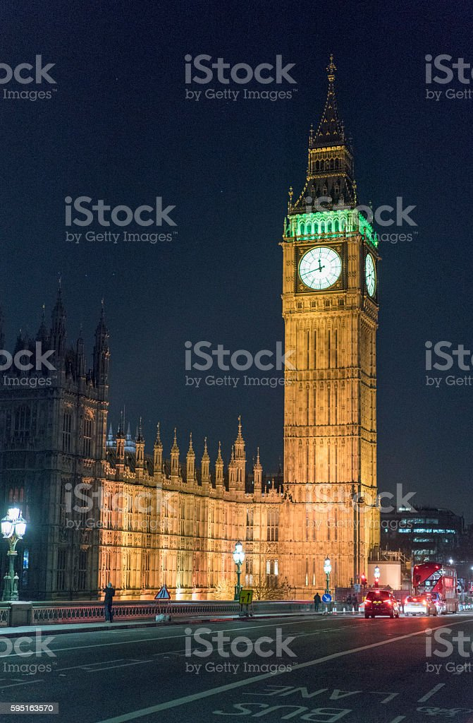 Westminster Bridge with Big Ben and Houses of Parliament at Lizenzfreies stock-foto