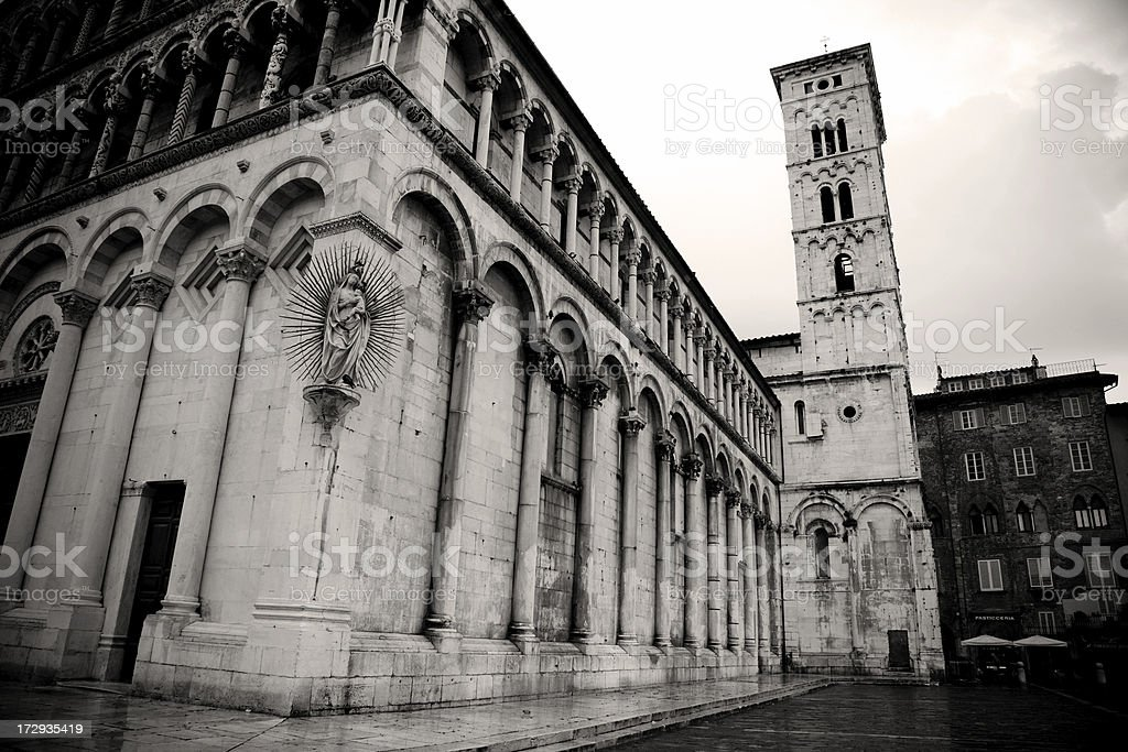 Wet & Dark in Lucca royalty-free stock photo