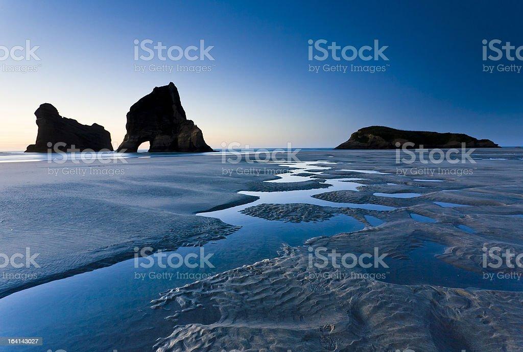 Wharariki Beach, North Island en Nouvelle-Zélande photo libre de droits