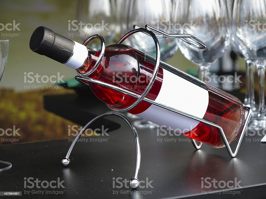 Garrafa de Vinho branca do rótulo de apoio foto de stock royalty-free