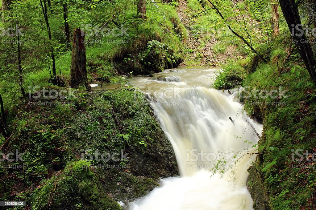 wilder Wasserfall stock photo