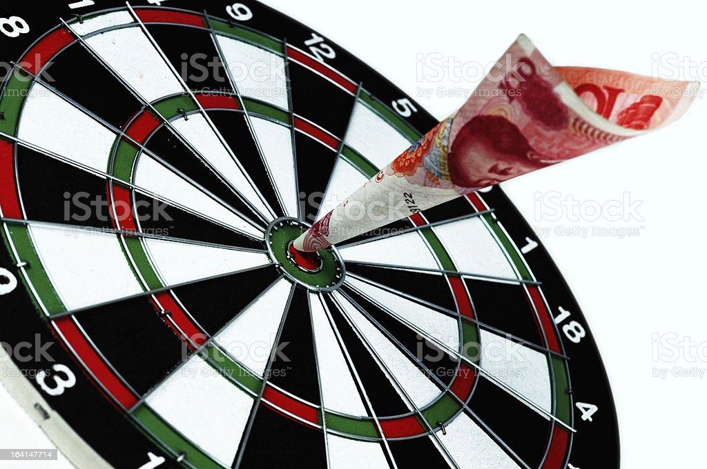 Win in China, 100 Yuan hit the bullseye stock photo
