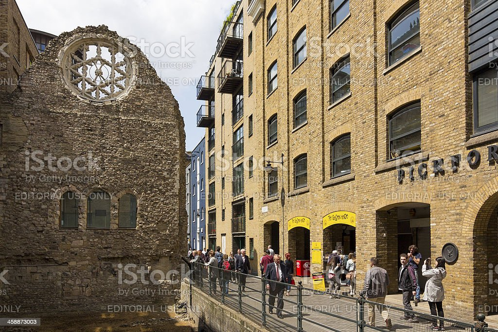 Winchester Palace And Southwark Riverside Warehouses London stock