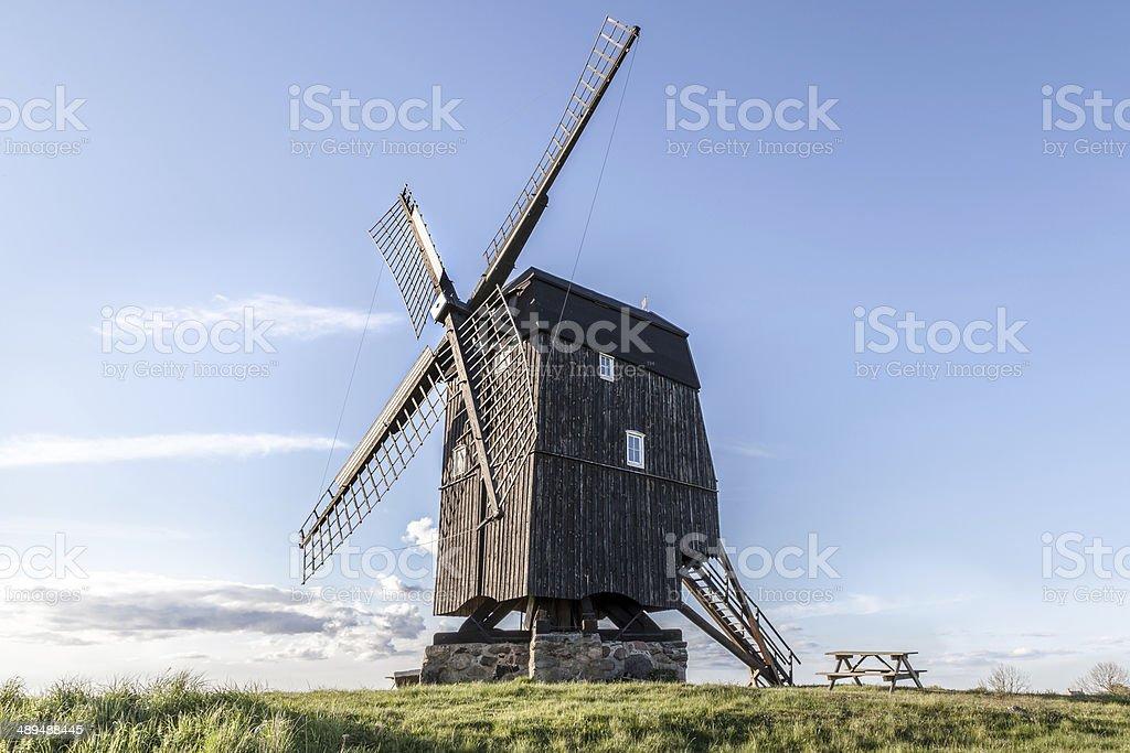 Molino de viento foto de stock libre de derechos