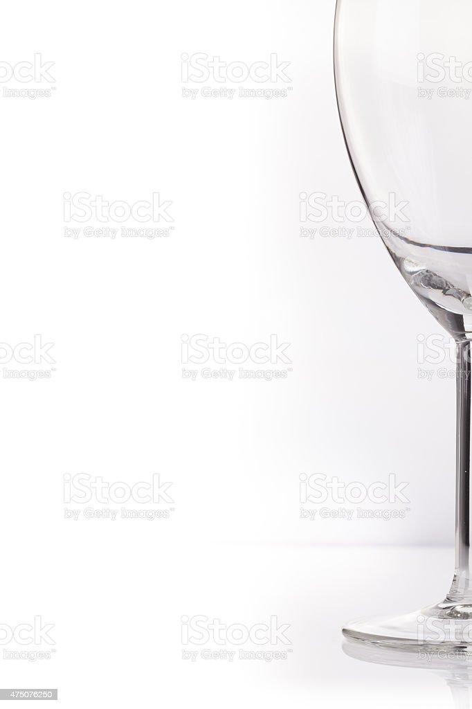 Copa de vino contra un fondo blanco. foto de stock libre de derechos