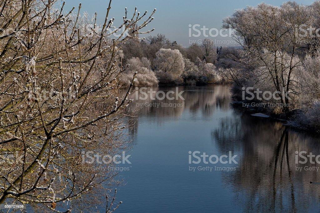 Winterlandschaft am Fluss (Fulda) in Kassel stock photo