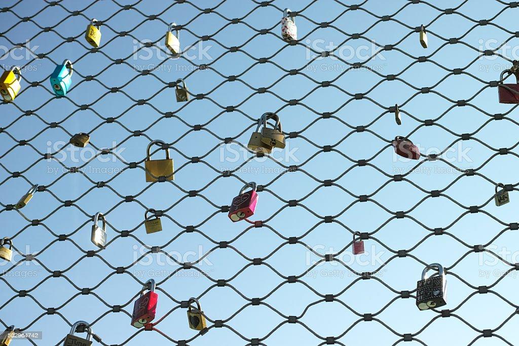 Moustiquaire et cadenas fil photo libre de droits