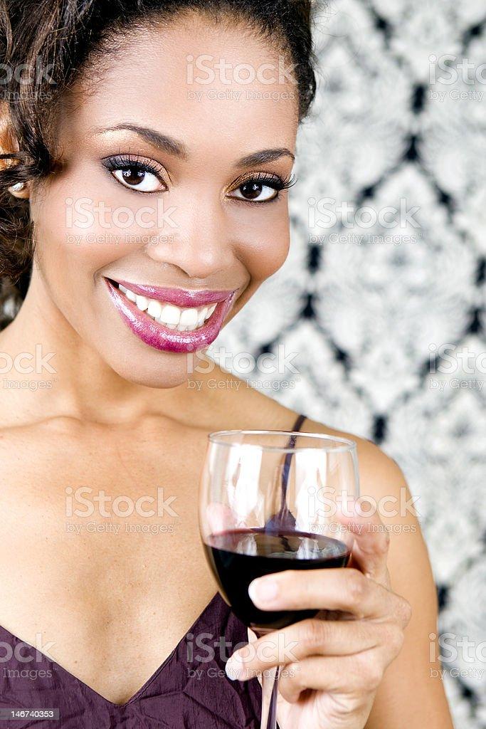 Mujer y vino foto de stock libre de derechos
