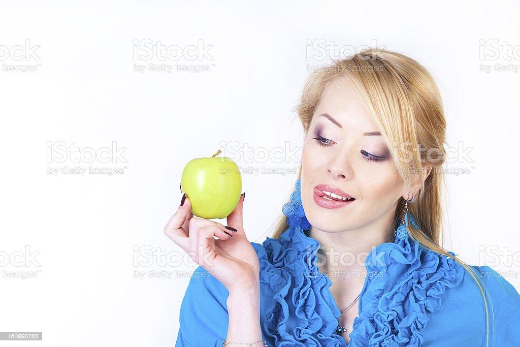 Frau holding apple Lizenzfreies stock-foto