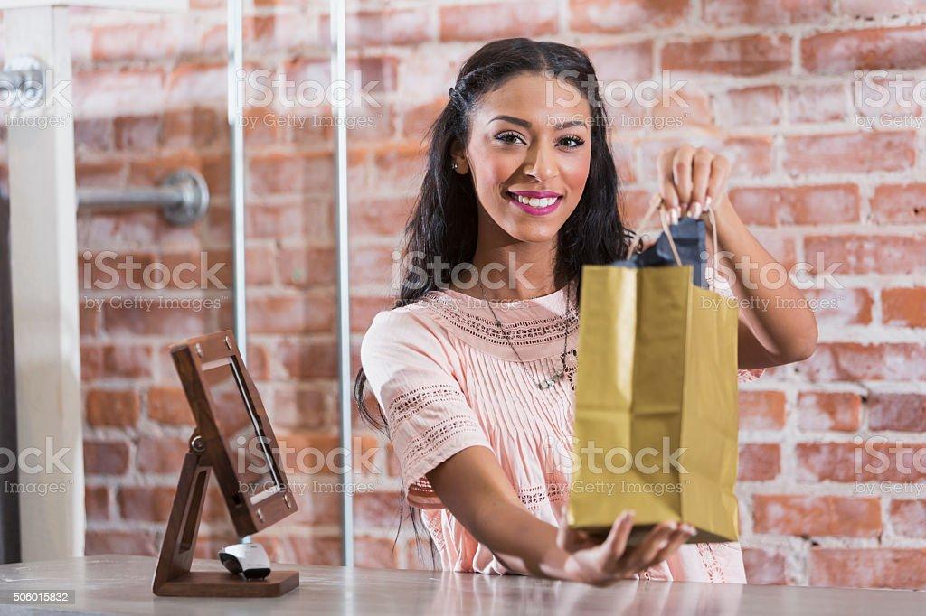 Женщина на выезд фото 636-592