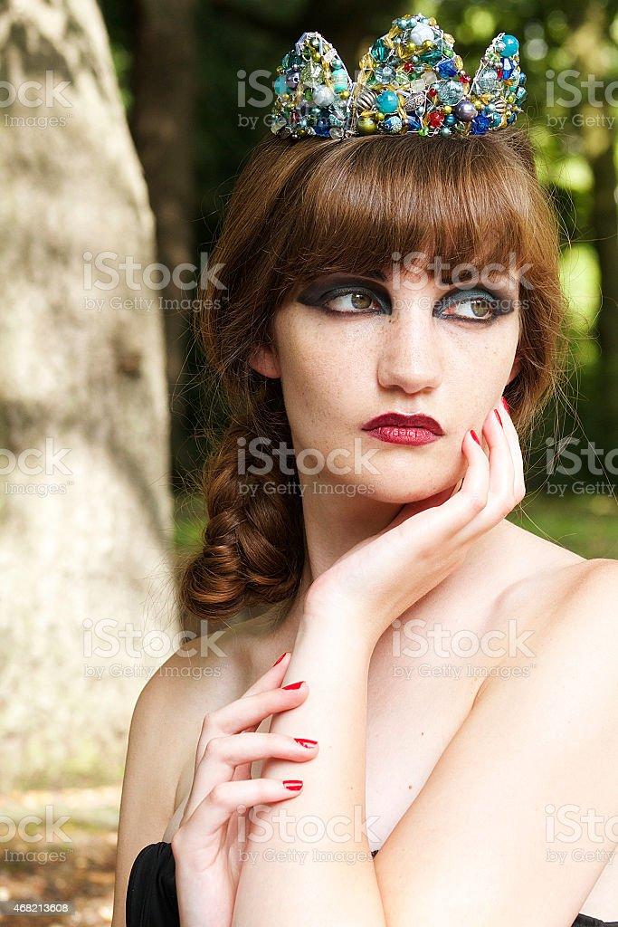Donna con diadema foto stock royalty-free