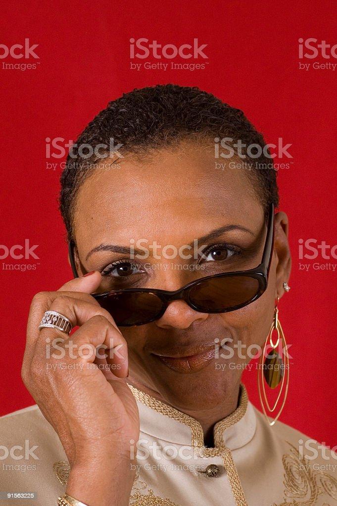 Donna con occhiali da sole foto stock royalty-free