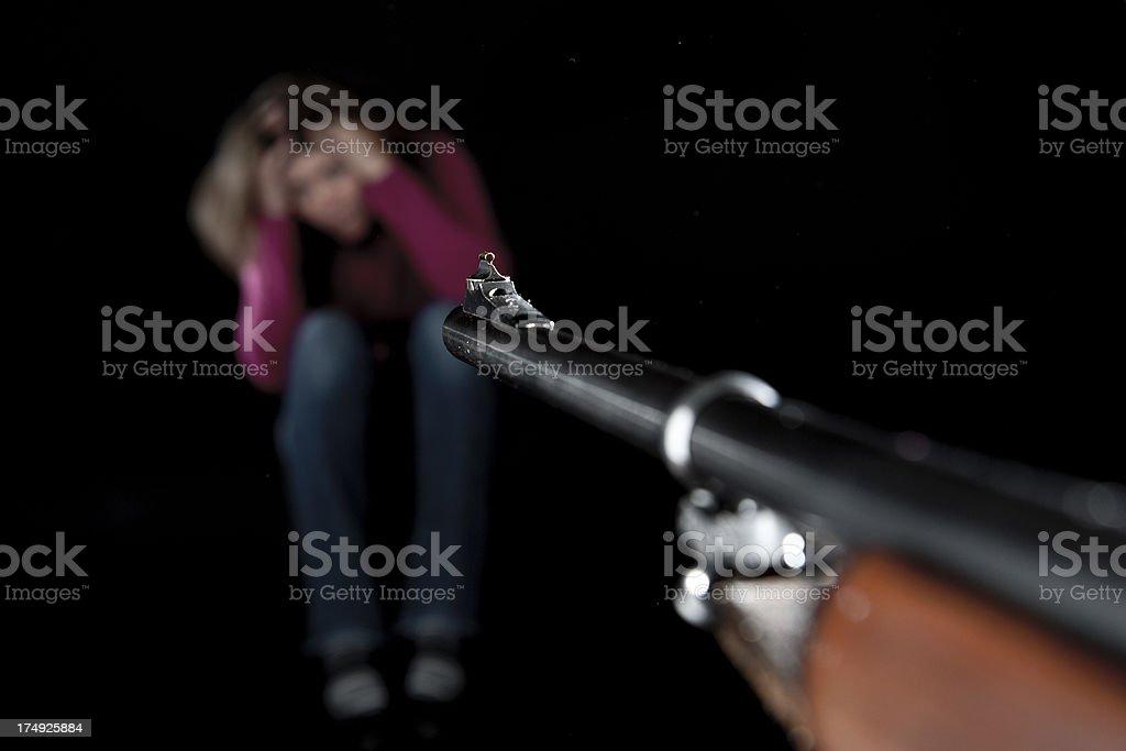 women aimed, by firearm weapon, menacé arme a feu stock photo