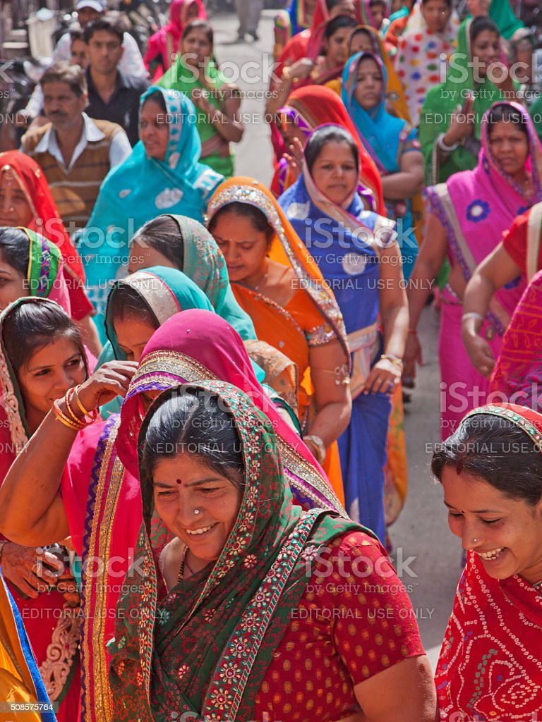 Women in a wedding procession in Rajsthan, India stock photo