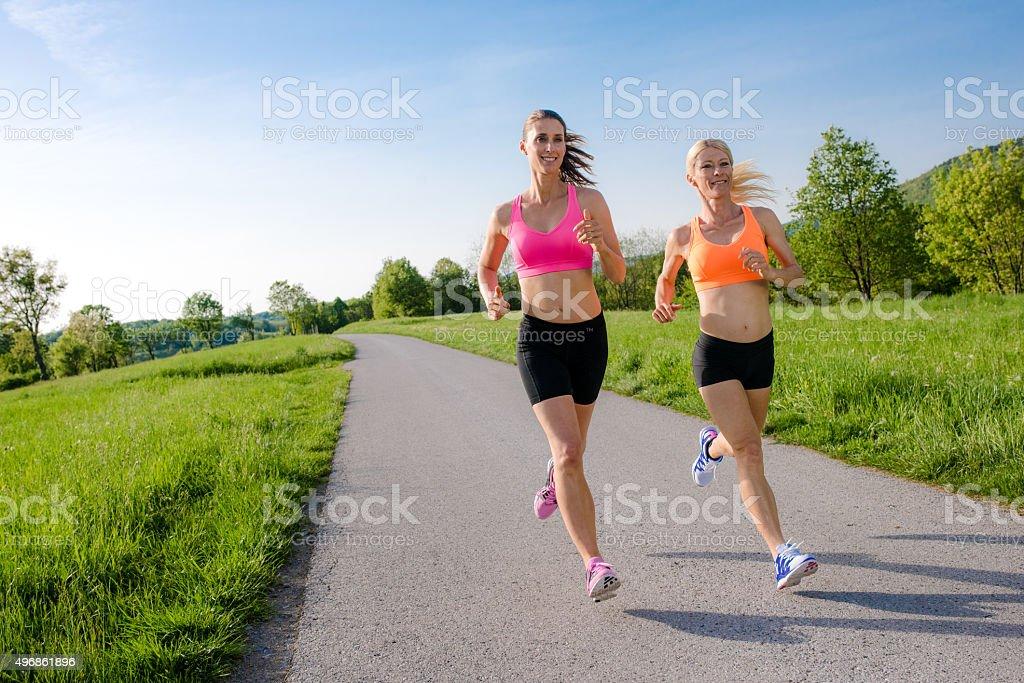 Зрелая женщина на пробежке видео, смотреть клевую порнуху