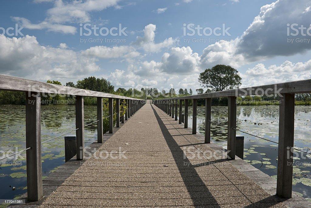 木製の橋は、要塞、オランダの Bodegraven ます。 ロイヤリティフリーストックフォト