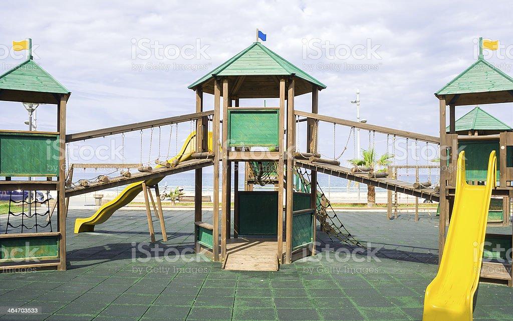 estructura de madera en el patio de juegos para nios rea de juegos foto de
