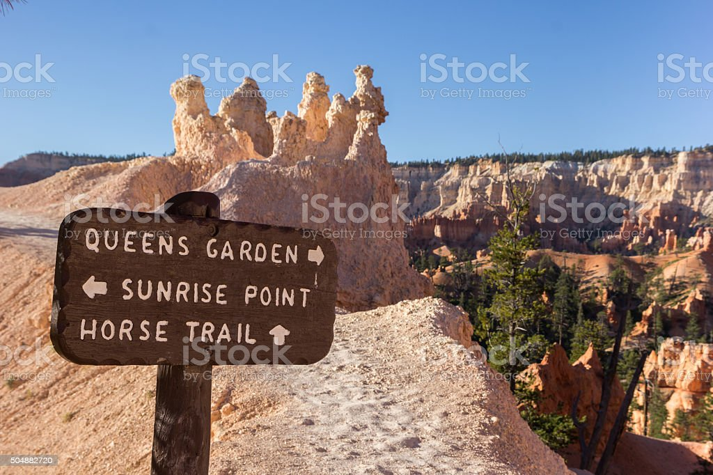 Wooden sign on Queens Garden trail in Bryce Canyon stock photo